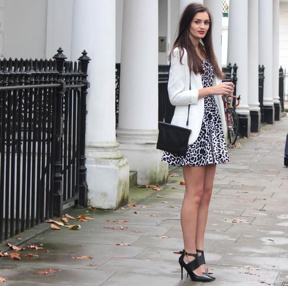 blogger animal print bag peexo mini dress black shoes blazer