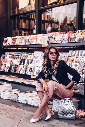 viva luxury blogger jewels fall outfits bucket bag chanel chanel bag bag pumps jacket pants