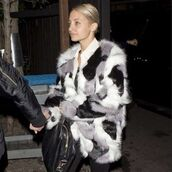 coat,storets,nicole richie,celebrity style,celebrities in white,celebrity,winter outfits,winter coat,faux fur,faux fur coat,streetwear,streetstyle