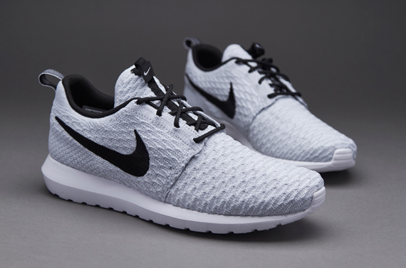 Mens Shoes - Nike Sportswear Flyknit Roshe One - White / Black / Wolf Grey  / Pure Platinum