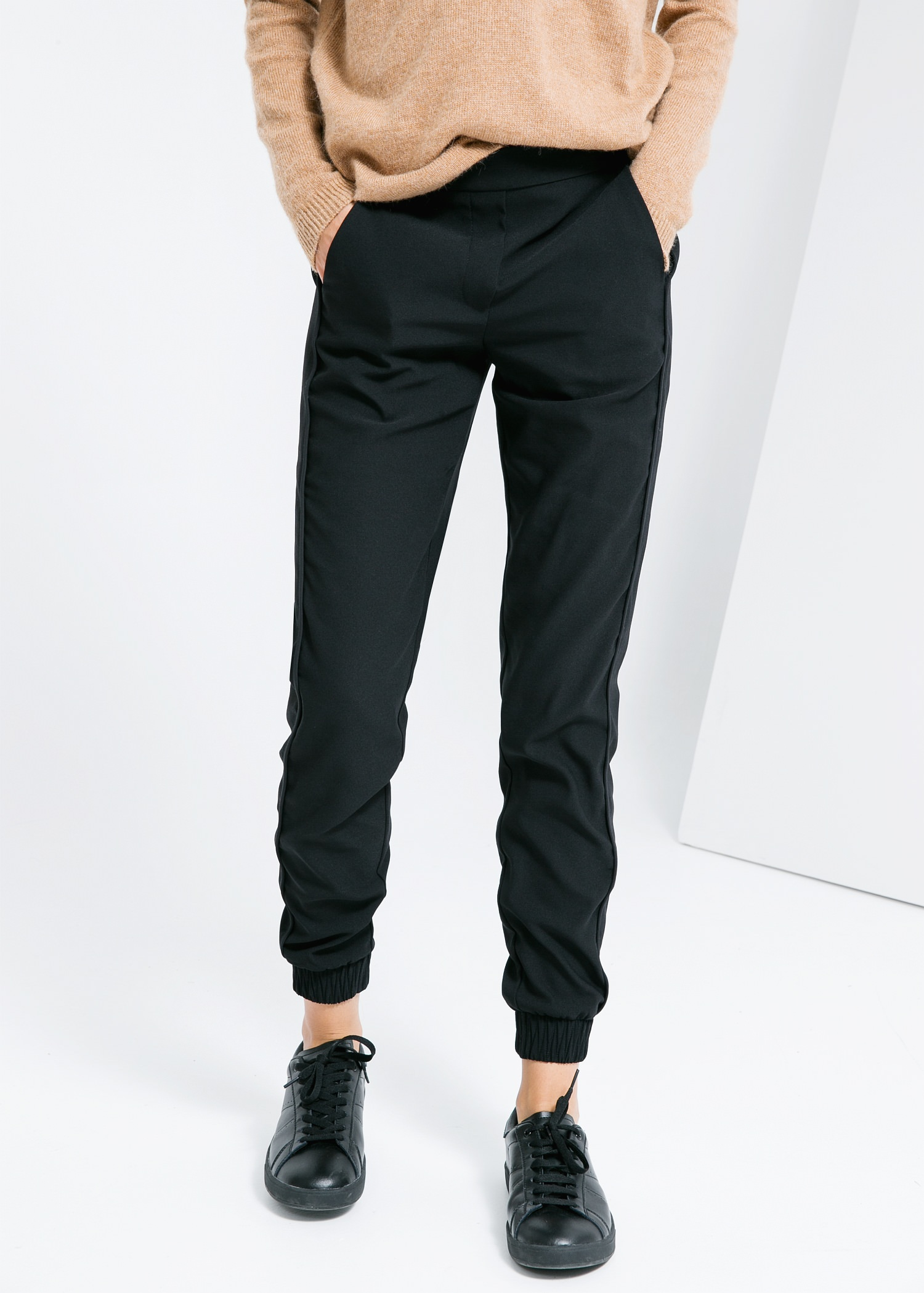 Flowy trousers - Trousers for Women | MANGO