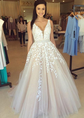 dress,prom dress,lace dress,prom,white,cream,prom gown