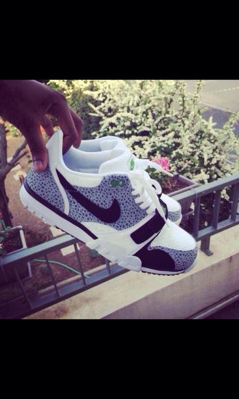 shoes gris nike girly