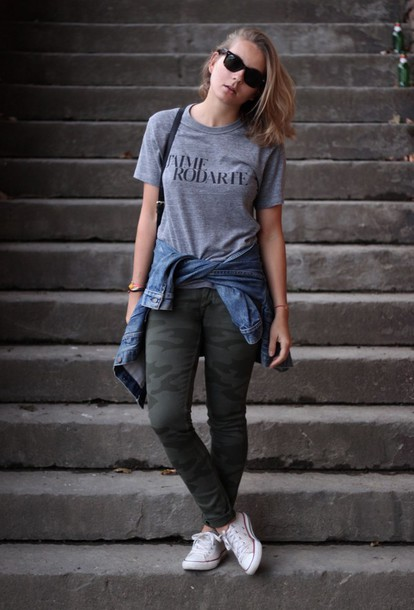 jane's sneak peak jeans t-shirt jacket shoes bag sunglasses
