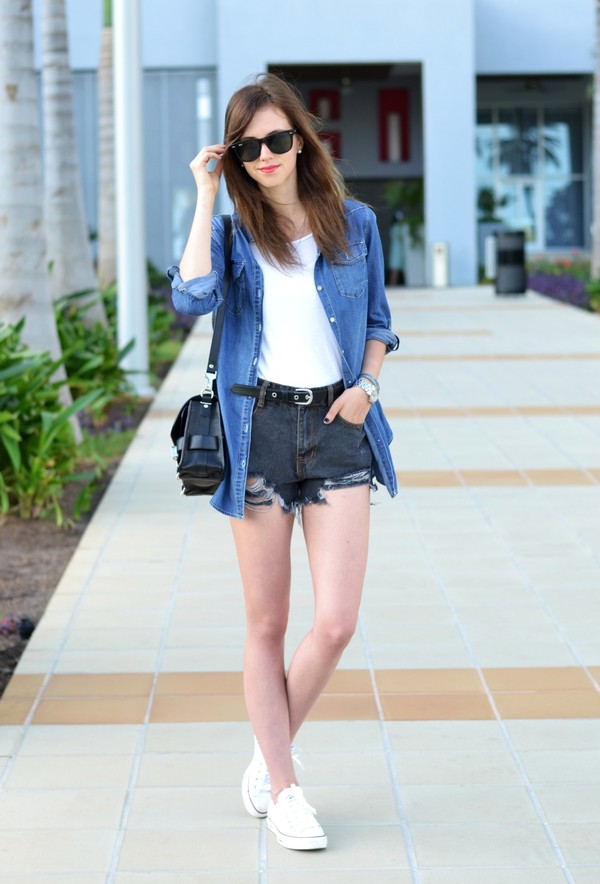 vogue haus t-shirt shorts blouse shoes bag jewels sunglasses