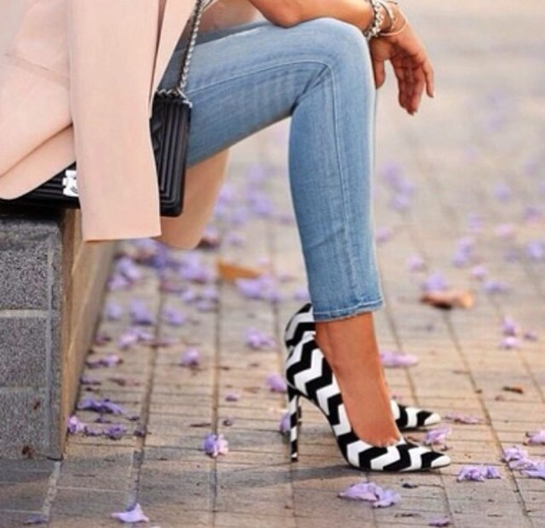 Shoes: black, white, stripes, zigzag, high heels - Wheretoget