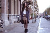 satisfashion,blogger,cardigan,top,leather skirt,skirt,shoes