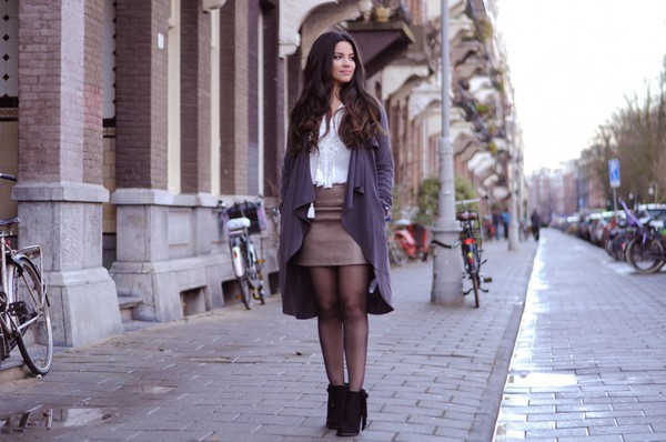 satisfashion blogger cardigan top leather skirt skirt shoes