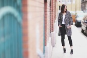 venka vision,blogger,coat,leopard print,peep toe boots,black pants