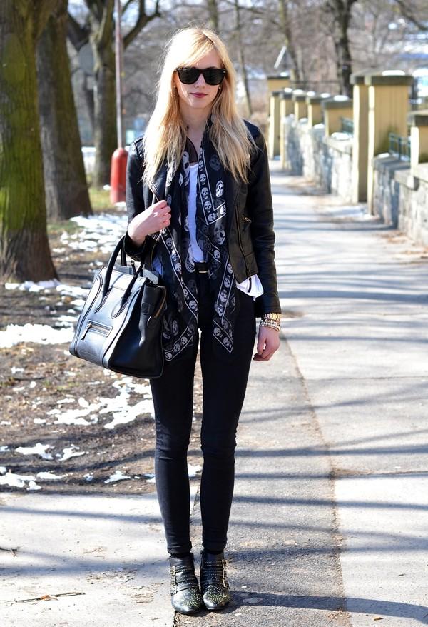 vogue haus t-shirt jacket shoes bag scarf jewels belt sunglasses