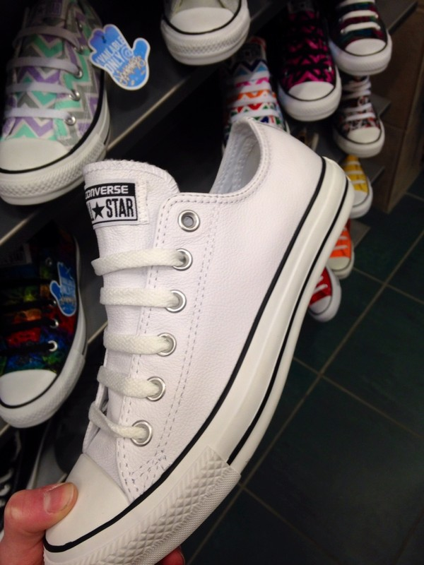 shoes white leather converse