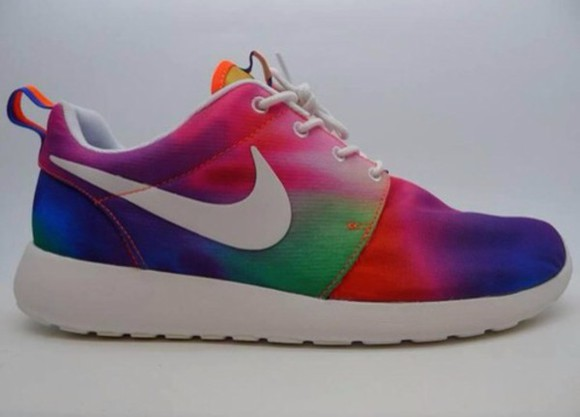clothes shoes trends nike roshe run multicolor sportswear