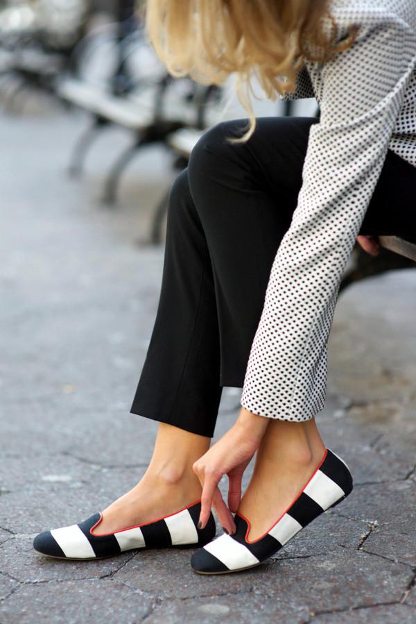 the classy cubicle shoes jacket pants shirt sunglasses jewels t-shirt