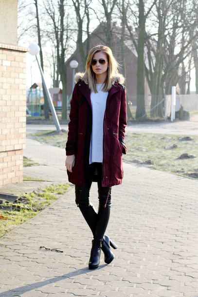 beauty fashion shopping blogger coat burgundy black heels