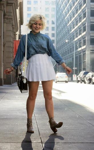 skirt blue denim shirt short white pleated skirt brown heel boots black and white purse blogger
