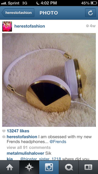 hat headphones studded gold white