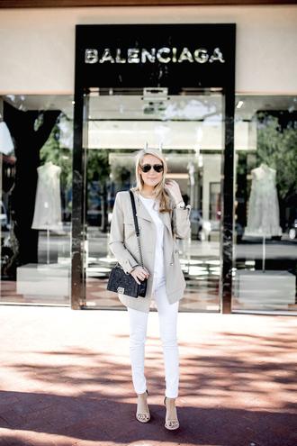 krystal schlegel blogger coat jeans t-shirt shoes sunglasses jacket