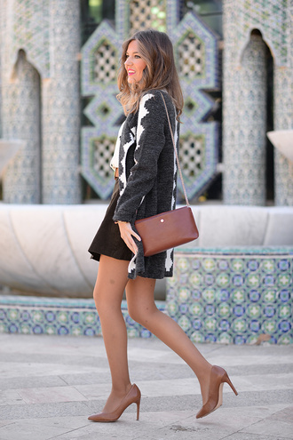 mi aventura con la moda blogger cardigan jewels skirt blouse bag shoes