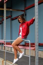 jacket,chicago bulls,coat,red jacket,red,college