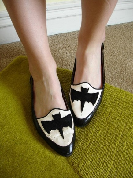 Pin up rockabilly white shoes bats loafers black vintage re-creation patch