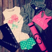 jacket,gym clothes,cute,polka dots,t-shirt rose,white,gray hoodie,yoga mat,sports tank top,live love,2pieces,green,pink,leggings,tribal pattern,black,want all