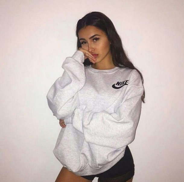 Sweater nike sweatshirt nike oversized sweater tumblr white top hoodie grey warm ...