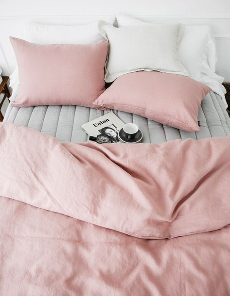 home accessory bedding bedroom sheets pillow pink minimalist dusty pink blouse grey padded cozy vogue pastel blanket reversible comforters