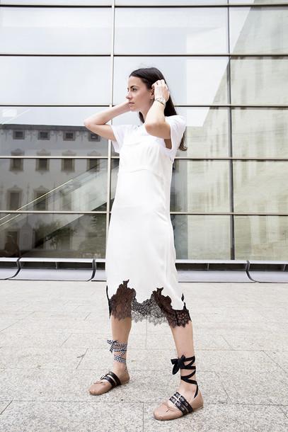 fashion vibe blogger dress t-shirt bag