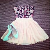 tank top,shoes,flowers,floral,flowered top,skirt,white,high heels,mint,summer dress,summer,pretty,cute,bralette,peach skirt,nude skirt,pink skirt,dress,floral crop top,light pink skirt,blue heels,shirt,top,pink,blue high heels,blouse,skater skirt,turquoise,bue,white skirt,lovely,cute high heels,zip,bustier,strapless dress,strapless,navy,cute dress,beautiful,gorgeous outfit,perfect,perfection,short skirt,girly,tumblr clothes,girly outfits tumblr,floral bustier,bandeau,floral bandeau,bustier top,heels,blue,underwear,floral top,hills,black,crop tops,tumblr,flower shirt,crop shirt,yellow,mini,in,mini skirt,style,mignon,jolie,flowery top,neon blue,light blue,it should be white,vintage,sweet,hipster,kawaii,grunge,floral dress,black crop top,sweetheart dress,hipster punk,grunge wishlist,kawaii grunge