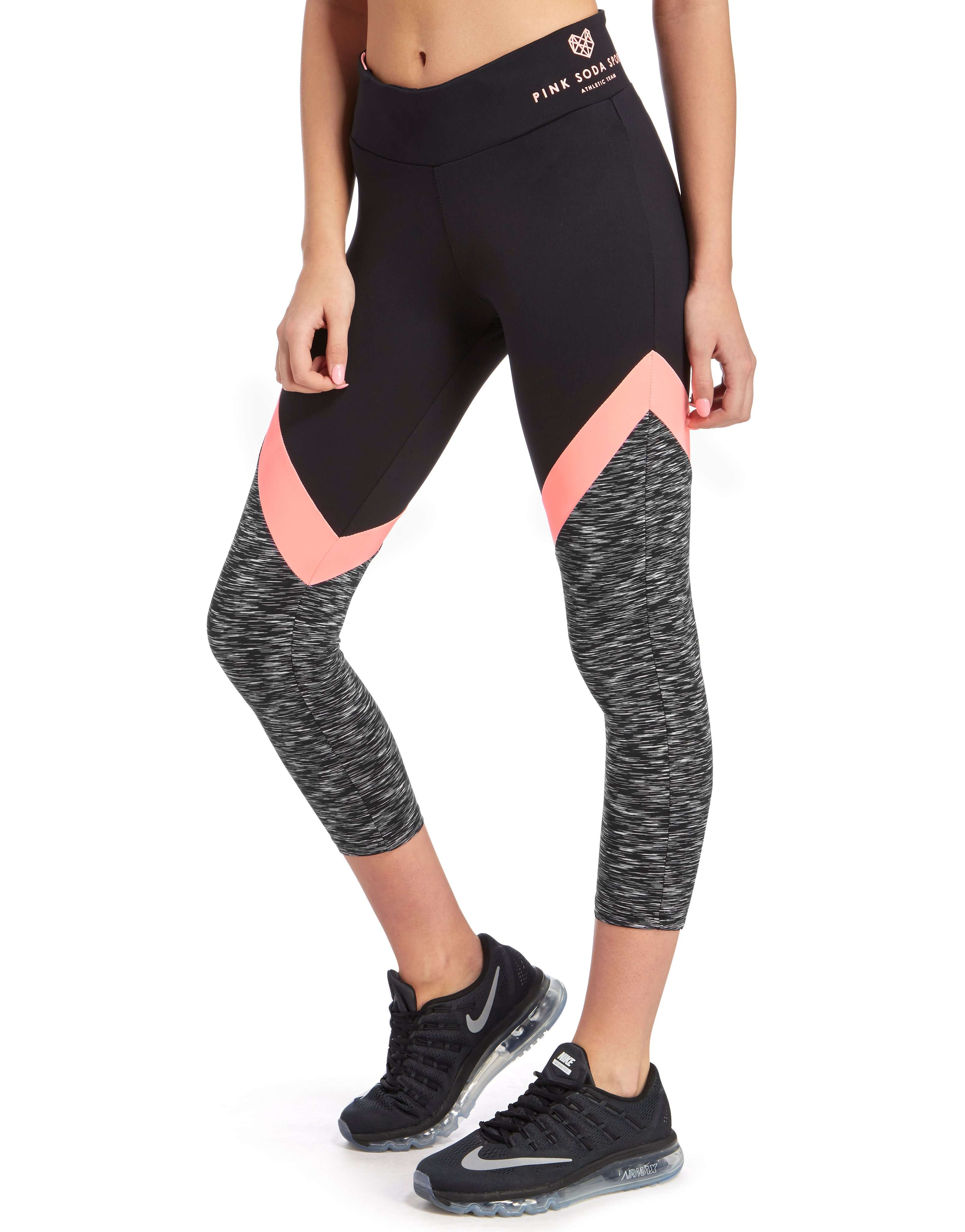 Whether you're running a race or playing some tennis, Nike women's capri move with you and keep you in the game. Choose from different styles and colors of capris for training, dance, golf, softball and more.