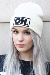 hat,white,black,black and white,beanie,oh.,oh,funny,cute,white hat,oh! pattern,oh my love