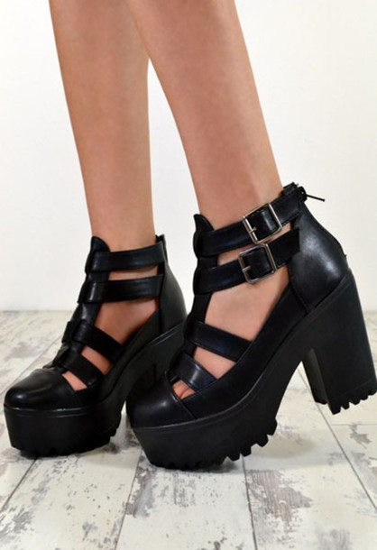 Shoes: platform shoes heels ankle boots black chunky buckles