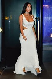shoes,kim kardashian,kardashians,maxi dress,gown,mules,celebrity,celebrity style