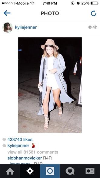 shoes beige shoes kylie jenner gladiators beige sandals beautiful coat kylie kenner instagram blue cheap
