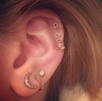 jewels moon earing loop diamonds stud