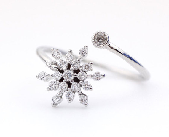 Snowflake adjustable ring detailed with cz in 3 by zizibejewelry