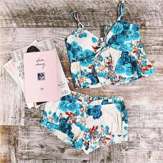 pajamas pajamas at divergence clothing cute pajamas sexy pajamas divergence clothing boho two-piece white floral shorts