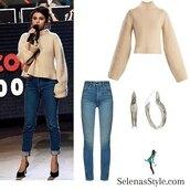 sweater,khaite,blue jeans,black pumps,beige,selena gomez,silver hoop earrings
