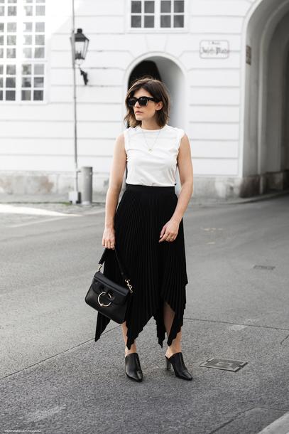 skirt mules tank top shoulder bag pleated skirt blogger blogger style asymmetrical skirt