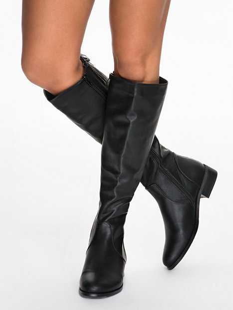 Flat knee high boot, nly shoes