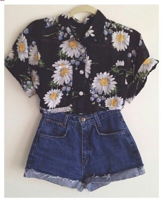blouse daisy blouse daisy daisys floral print top floral print blouse floral button up blouse button up shirt button down shirt black black top high waisted denim shorts high waisted short pretty cute flowers shorts high waist shorts