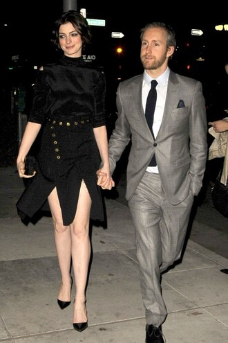 dress anne hathaway black pumps shoes