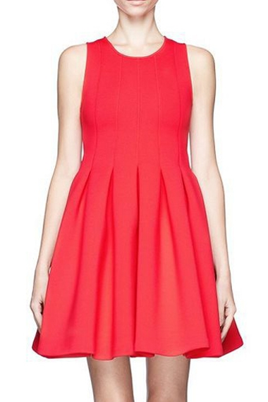 Red Sleeveless Pleating Dress