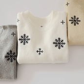 sweater,snowflake,winter sweater,tumblr sweater,nude