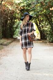 dress,green hat,checkered shirt dress,black boots,brown handbag,blogger