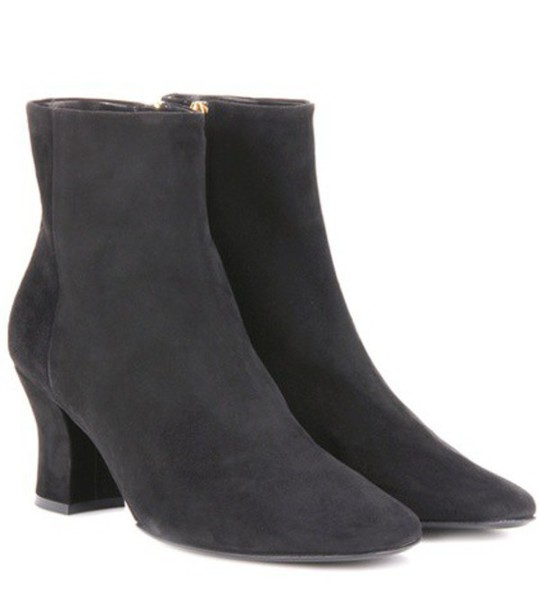 The Row Bowen Suede Ankle Boots in grey