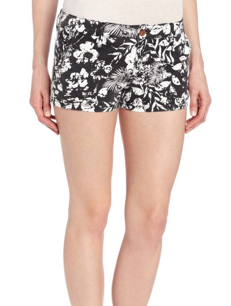 Juniors To The Top Floral Shorts-Black/White