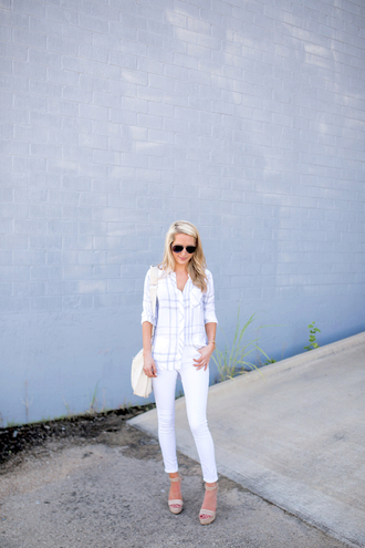 krystal schlegel blogger shirt jeans shoes