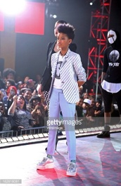 shoes,willow smith,blue skinny jeans,hologram sneakers