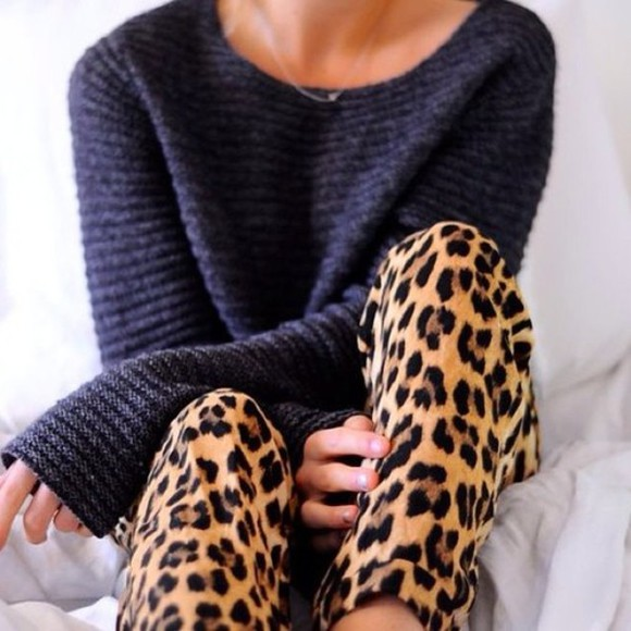sweater black sweater pants black on print animal print leopard print leopard print pants knitted sweater black knitwear